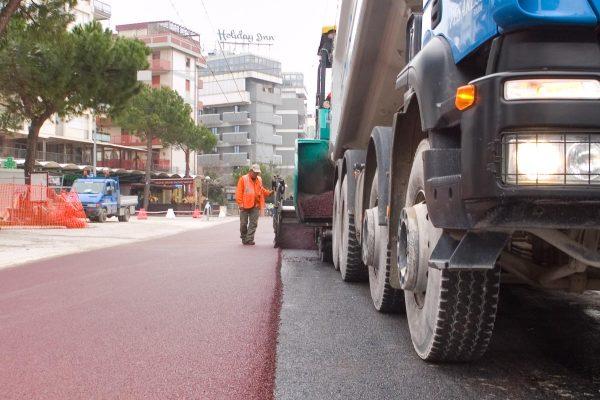 Marina centro rimini asfalto colorato